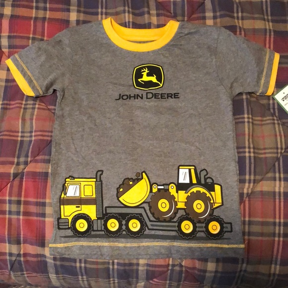 4T John Deere short sleeved shirt nwt
